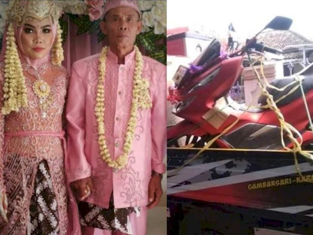 Diberi Hadiah Motor Matik, Gadis Usia 17 Tahun Luluh Dinikahi Kakek Usia 71 Tahun