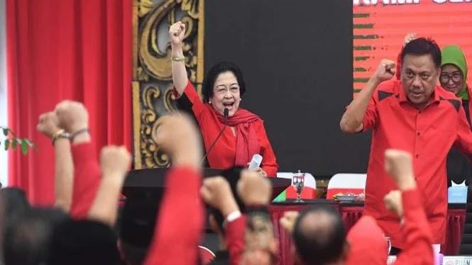 PDIP Kebingungan Cari Pengganti Risma, Megawati Galau?