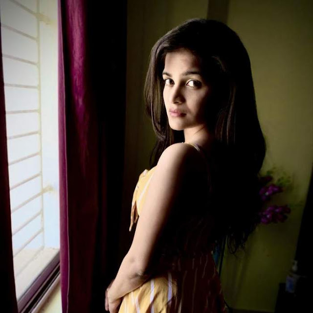 Pretty Gorgeous Hot Yellow Looks Of Dipika Tripathy