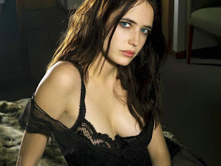 Eva Green Sizzling Black Outfit