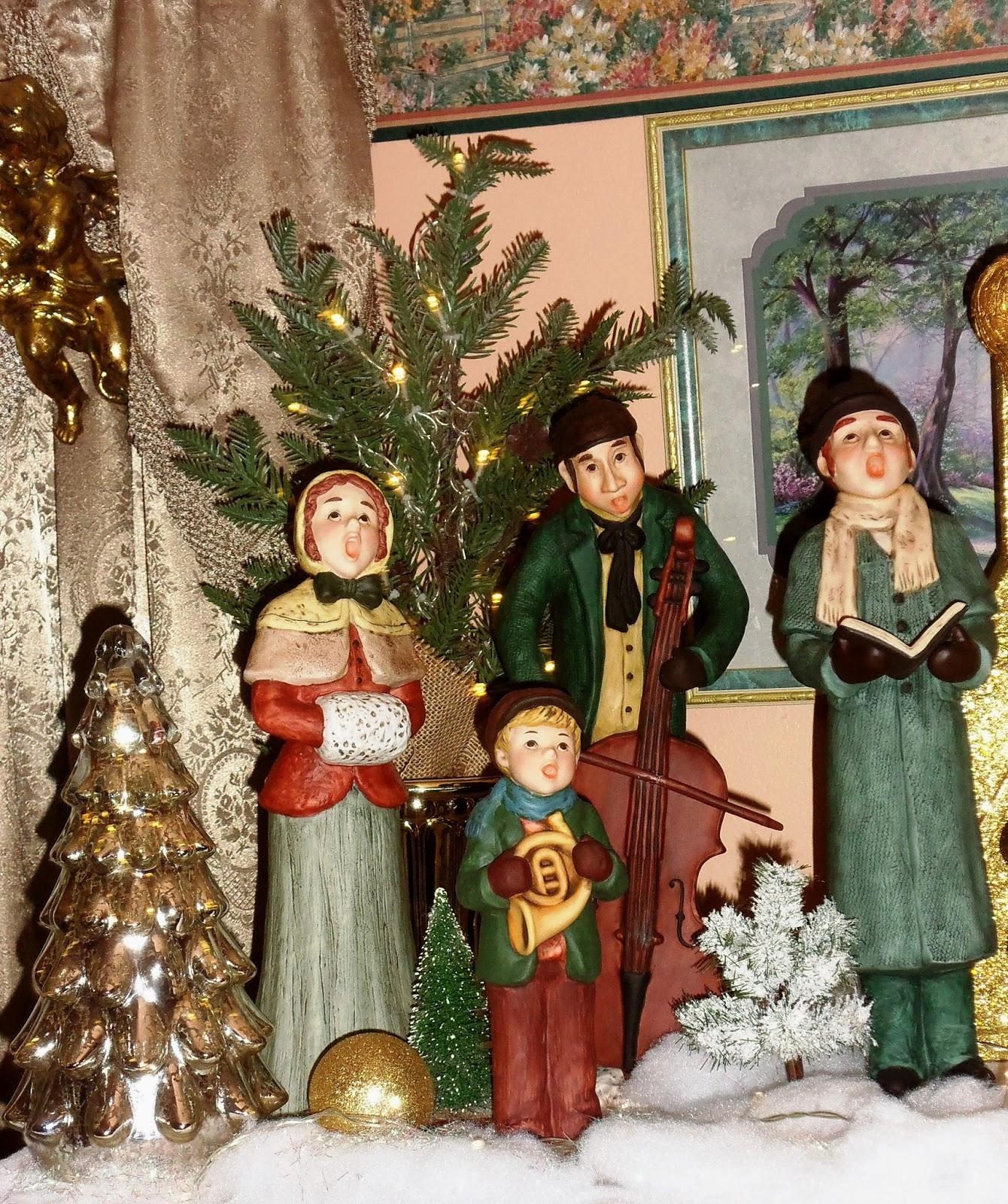 Sams Christmas Trees: A DEBBIE-DABBLE CHRISTMAS: Christmas In The Living Room