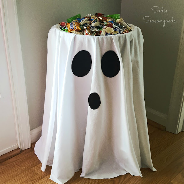 Halloween Candy Bowl Holder
