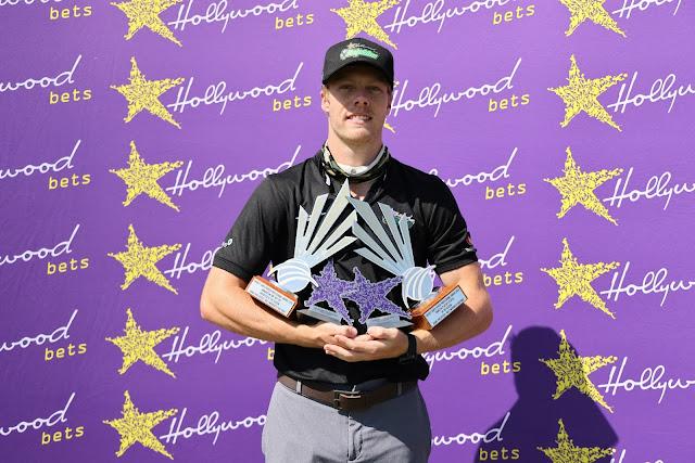 Roelofsen the big Dolphins Awards winner
