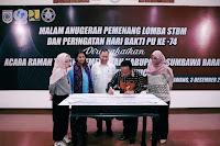 Hadir di Sumbawa, Rudhy Mbojo Serahkan Bantuan 10 unit Motor Pengangkut Sampah