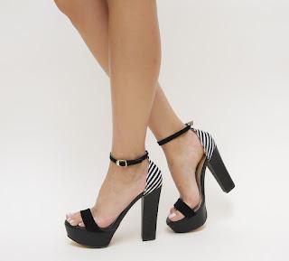 Sandale negre cutoc gros si platforma si imprimeu in dungi