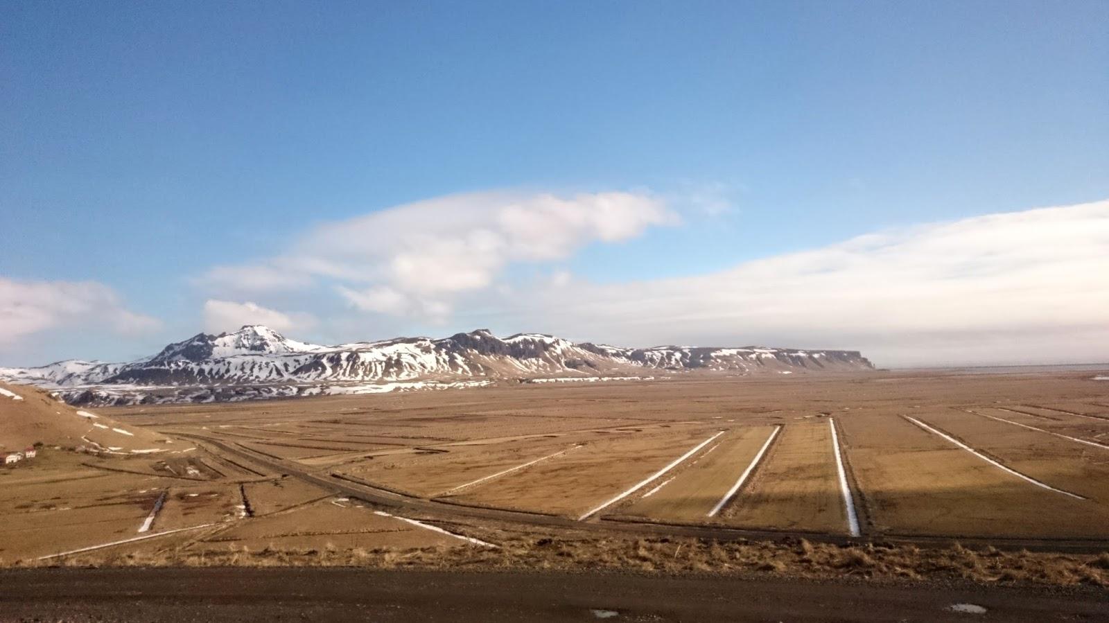 islandzki krajobraz, Islandia, Islandia wiosną, wiosna w Islandii