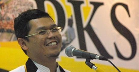 Kasus Suap Proyek di Kementerian PUPR , KPK Tahan Politisi PKS Yudi Widiana