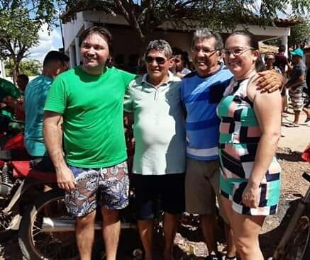 Líderes políticos encontram-se no distrito de Crôa do Angico.