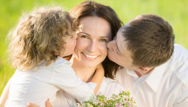 Tiga Hadiah Sederhana Tuk Kamu Berikan Pada Ibumu Saat Hari Ibu Tiba