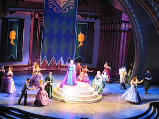 Party Frozen Live at the Hyperion Disney California Adventure