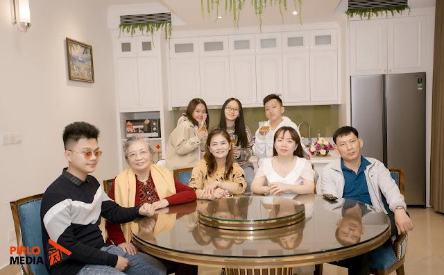 Chụp ảnh gia đình ở Hạ Long