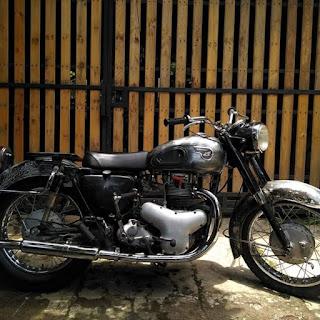 Kawasaki Meguro 500 segar . 85jt WA 087738479926 bdg