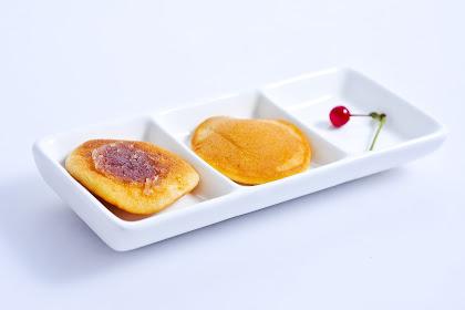 Mencicipi Dorayaki di Ai Chan Resto & Cafe