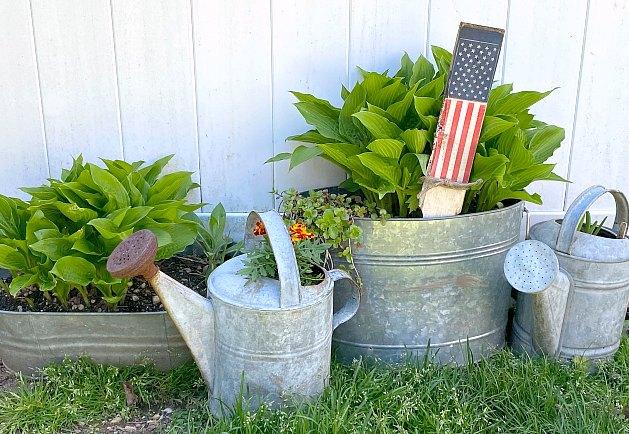 Easy American Flag Garden Stake