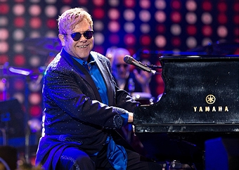 Video: Elton John - Crocodile Rock (En vivo)