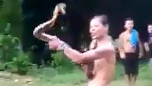 Tragis, Pawang Ular Norjani Tewas Digigit King Kobra saat Atraksi
