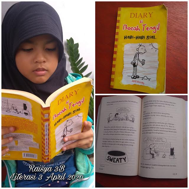 Sasya belajar di rumah