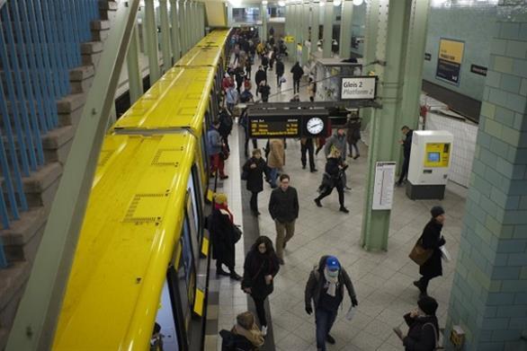 Γερμανία: Έως και 500 ευρώ πρόστιμο σε όποιον δεν τηρεί την απόσταση ασφαλείας