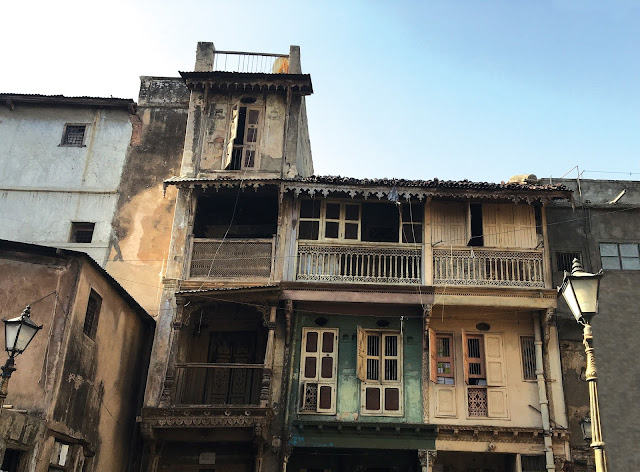 old city, old houses, pastel colors, sketch artist, ilovesketchart, photography, architecture, perspective, Ahmadabad, heritage city, walk, street photography,