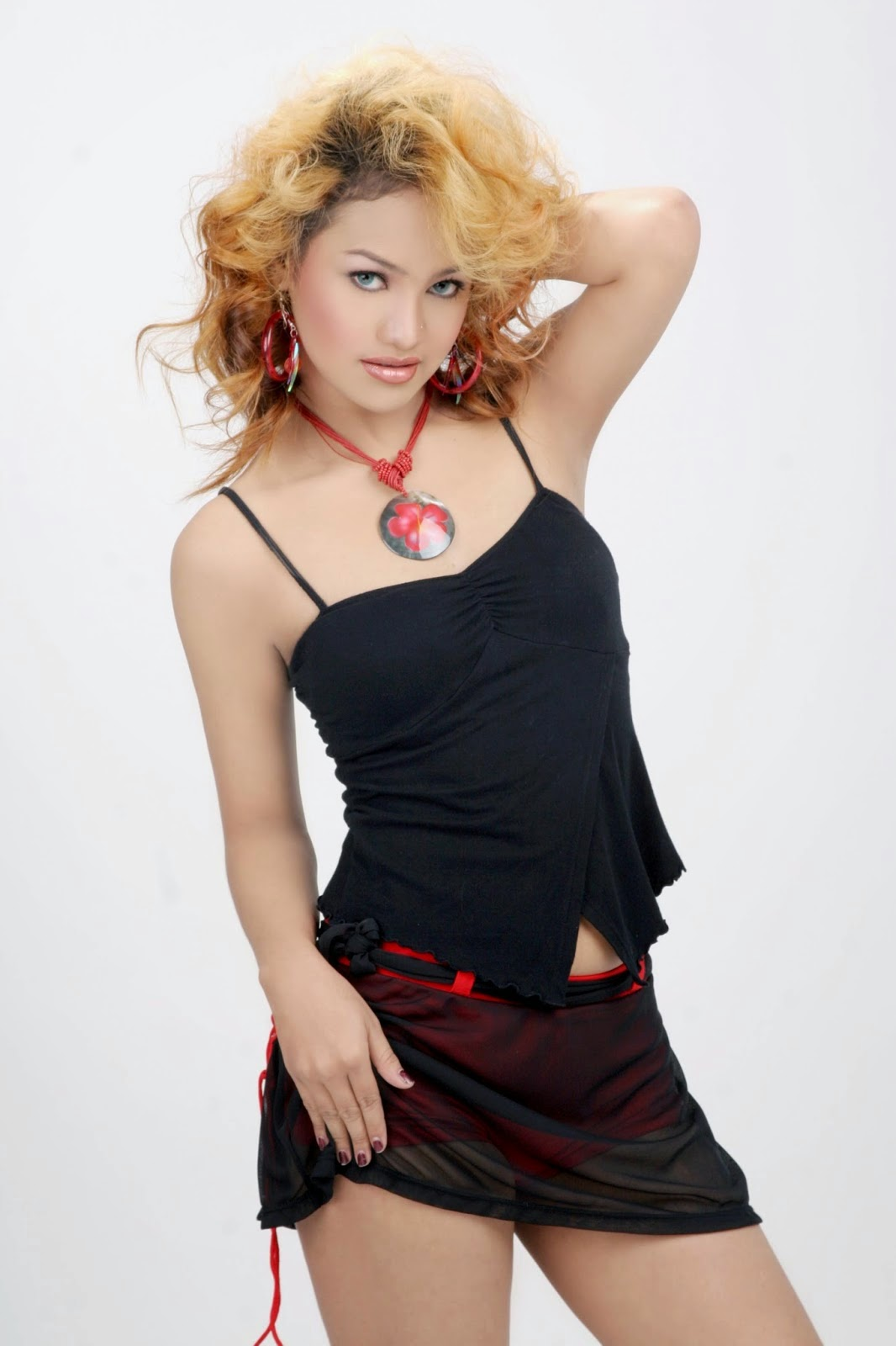 Indonesian dangdut singer behind the scene - 2 9