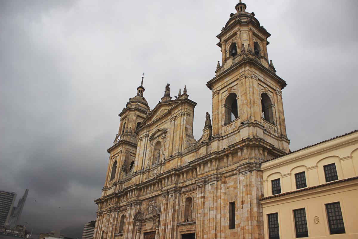 Un recorrido por el centro de BOGOTÁ (Parte I)   Catedral Primada de Bogotá