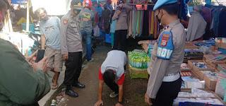 Gabungan Polsek Bontonompo Laksanakan Operasi Yustisi Di Pasar