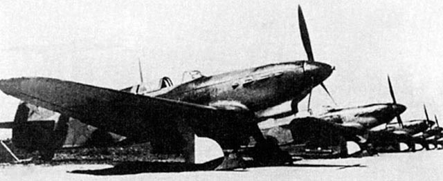 Yak-1 fighters of World War II worldwartwo.filminspector.com