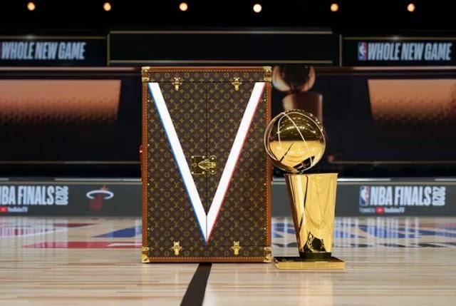 LOUIS VUITTON: ΣΚΟΡΑΡΕΙ ΜΕ ΤΙΣ ΔΗΜΙΟΥΡΓΙΕΣ ΤΟΥ ΣΤΑ ΠΑΡΚΕ ΤΟΥ NBA