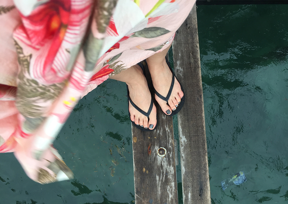 Wearing slippers is not as bad as you think, especially if you have this foot problem [2]