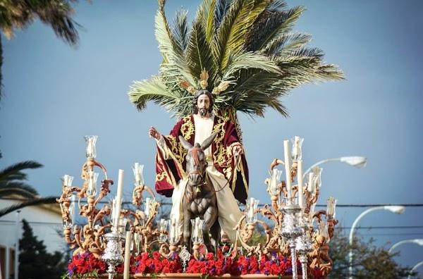 Nuestra Señora de la Caridad de Vélez-Málaga acompañará a la Borriquita de La Línea