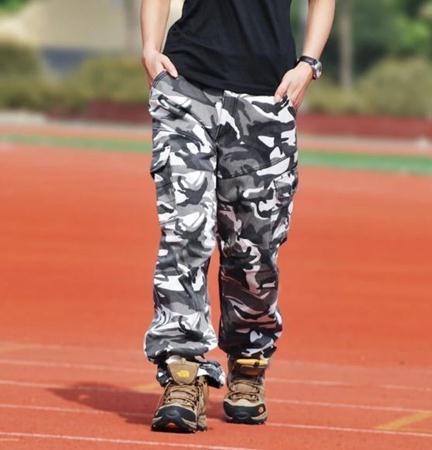 10 Style Gaya Anak Hip Hop yang Keren Buat Cewek dan Cowok - Blog Vani c539466bf8