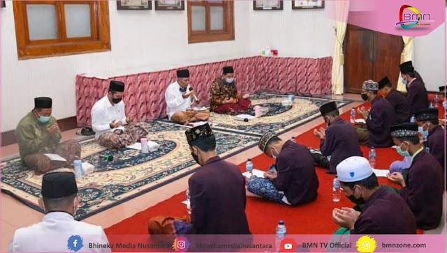 Hartopo Peringati Malam Nisfu Sya'ban Dengan Tahtiman Al-Qur'an Di Pendopo Kudus