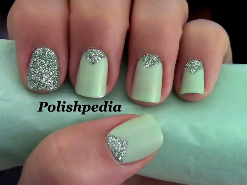 - Beautiful Mint Green Nails!