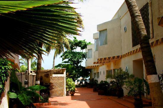 Plage-vacance-loisirs-sortie-detente-sports-monaco-LEUKSENEGAL-Dakar-Senegal-Afrique