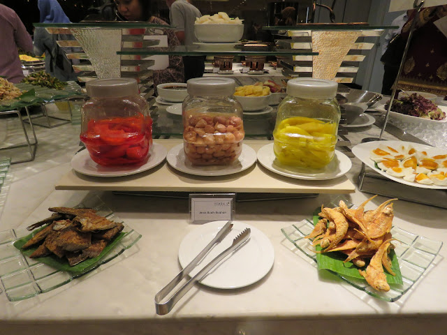 pickled fruits & salted fishes