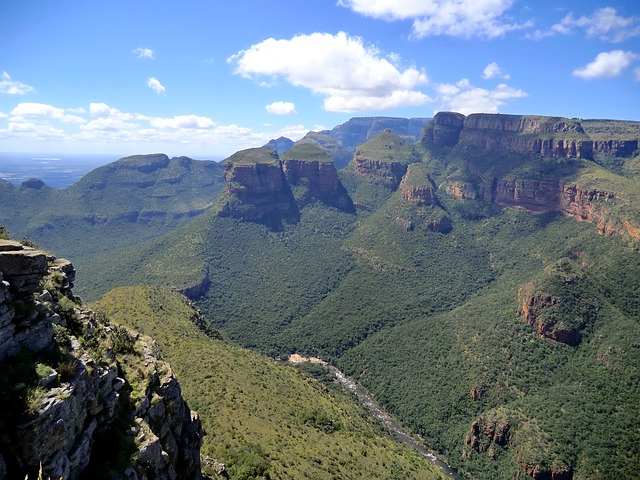 Blyde River Canyon Nature reserve, Mpumalanga, South africa, Travel, Tourism, Tourist attractions, Falls, National Parks, Water, River, Mountains, Seas, beaches, seashore,