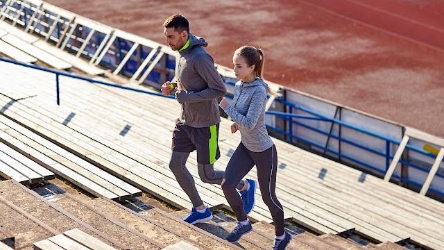 Μπορείτε να ανεβείτε δέκα σκαλιά μονομιάς; Τι σημαίνει αυτό για την υγεία σας
