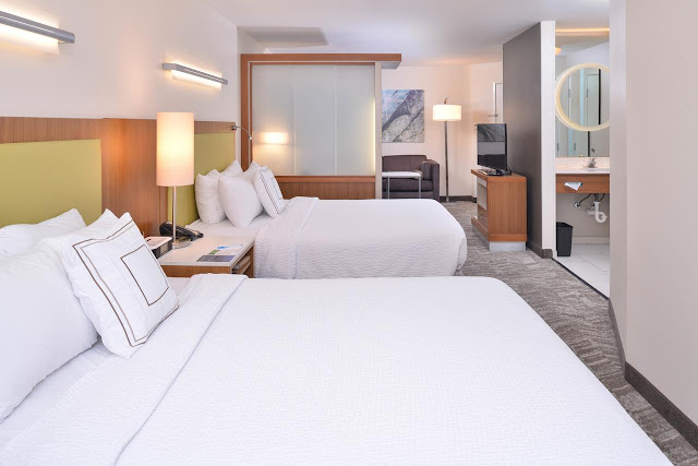 At the SpringHill Suites Las Vegas Henderson hotel, guests won't be disappointed with it's elegant and modern studio suites. Business and leisure travelers alike love the rooms featuring West Elm furnishings and signature Marriott bedding.