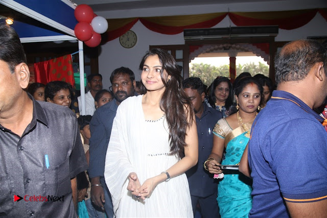 Tamil Actress Singer Andrea Stills in White Salwar Kameez at Narayana Group of Schools Carnival Inauguration  0006.jpg