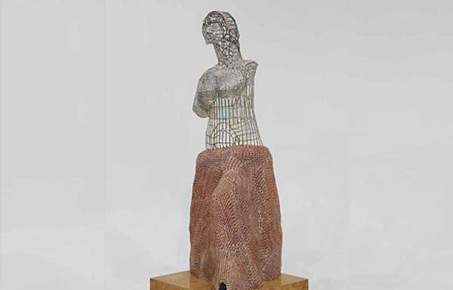 В США 5-річний хлопчик розбив статую вартістю $132 тисячіВ США 5-річний хлопчик розбив статую вартістю $132 тисячі