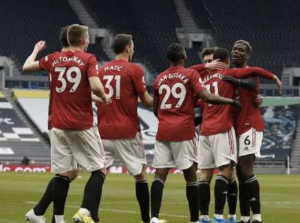 United battle back to get revenge on Tottenham
