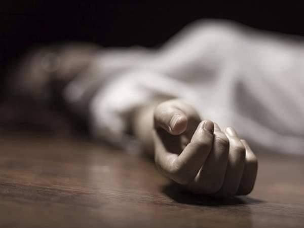 عامل يخنق زوجته حتى الموت بسبب خلافات أسرية بسوهاج