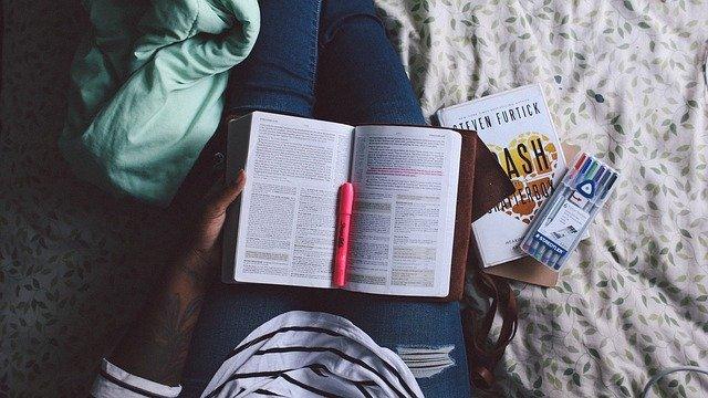 Cara Menjadi Mahasiswa Yang Produktif Pada Saat Tugas Menumpuk