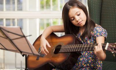 Chỉ cần làm theo 9 bước cơ bản bạn sẽ luyện tập Guitar thành công