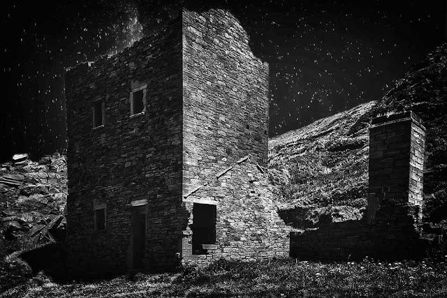 Saltom Pit At Night