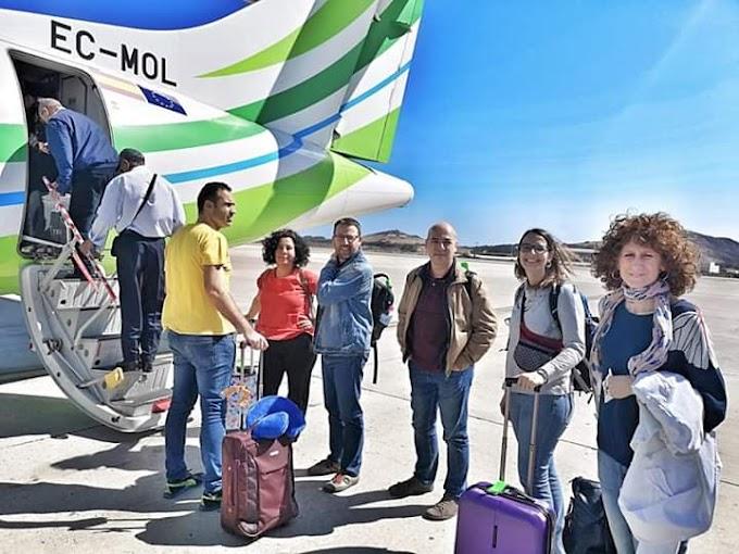 Autoridades de ocupación marroquíes expulsan del aeropuerto de El Aaiún a tres diputados catalanes y cinco solidarios con el Sáhara Occidental