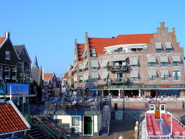 The seaside village of Volendam is spilling with coastal charm.