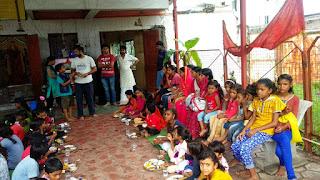 काली माता मंदिर में भंडारा आयोजित श्रद्धालुओं की उमड़ी भीड़