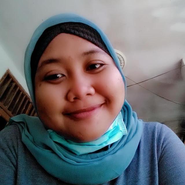 Dyah Safitri Seorang Gadis, Beragama Islam, Suku Jawa, Berprofesi Wiraswasta Di Surabaya, Jawa Timur Mencari Jodoh Pasangan Pria Untuk Jadi Calon Suami