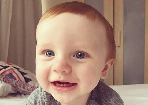 Cara Mempercepat Tumbuh Gigi Bayi